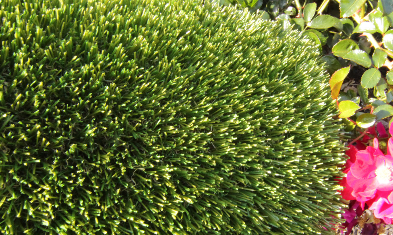 Artificial Grass V Blade-77 Synthetic Grass